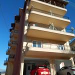 ΤΡΙΠΟΛΗ [4/όροφη οικοδομή επί pilotis & υπογείου κάλυψης 100% με θέσεις στάθμευσης (Μελέτες απο το γραφείο μας)]