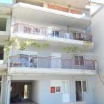 ΤΡΙΠΟΛΗ (4/όροφη οικοδομή με υπόγειο αποθήκες, ισόγειο pilotis, κατάστημα και διαμέρισμα και Α', Β' & Γ' όροφοι διαμερίσματα)